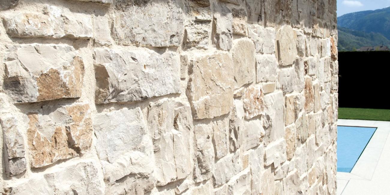 Pietra Naturale Tiziano Roccia